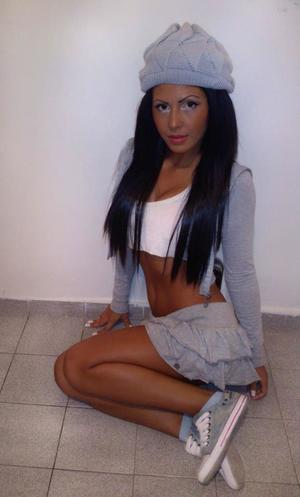 Tania from New York is looking for adult webcam chat