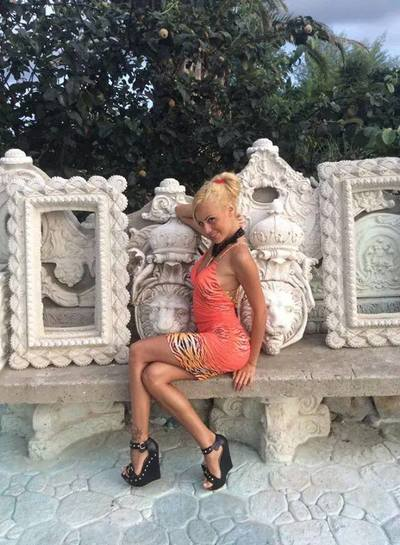 Looking for local cheaters? Take Otilia from Missouri home with you