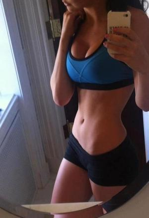 Carolyn from Oregon is looking for adult webcam chat